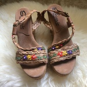 Sbicca embroidered floral leather cork wedges 9